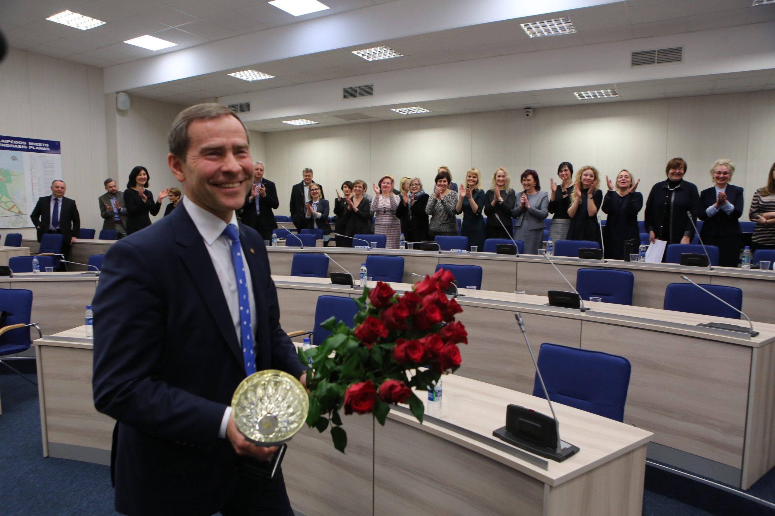 Atleistas politikø pasitikëjimà praradæs administracijos direktorius Saulius Budinas.